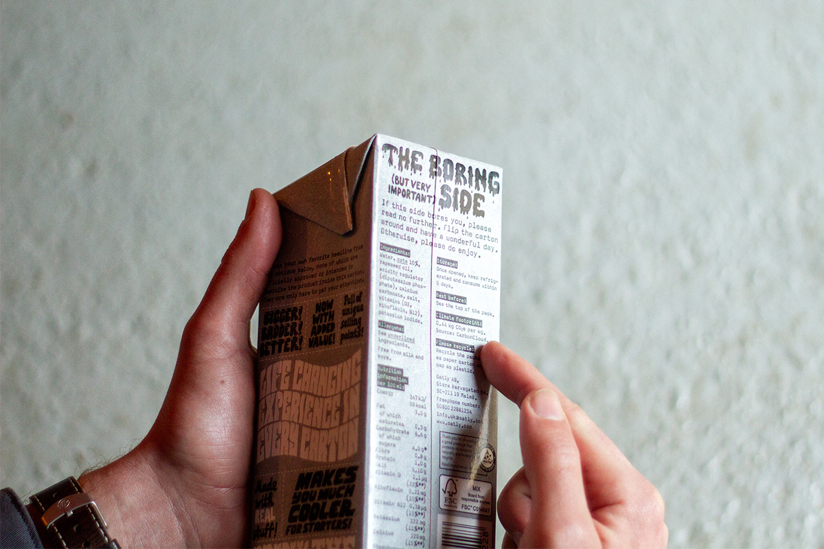 oatly carton with carbon footprint shown